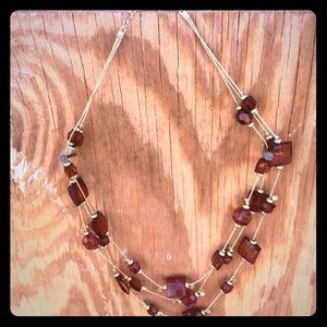 Jewelry - Red/Amber bead and gold necklace.